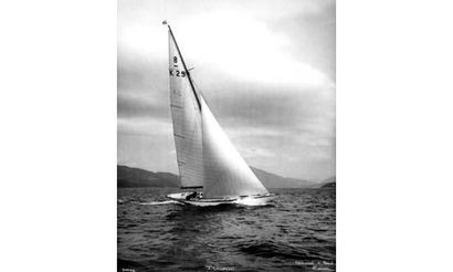BEKEN et SON (Cowes) Le yacht Iskareen Tirage...