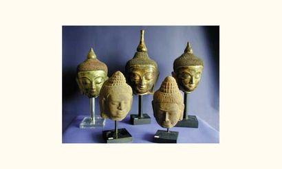 Art Khmer XIIe-XIIIe. Têtes de Boudha en...
