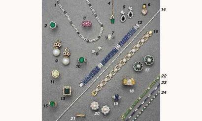 PHOTO 3 1.COLLIER, en or, saphirs et diamants...