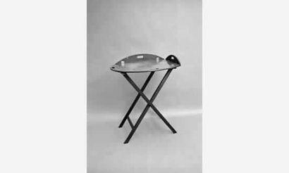 Table plateau ovale, à bords relevables pour...