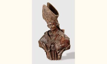 Important buste d'évêque en tilleul sculpté....