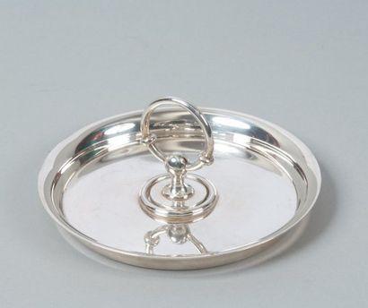 HERMES Paris Cendrier en métal argenté de forme circulaire avec son eteignoir