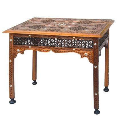 Table bureau rectangulaire en noyer sculpté,...