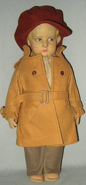 Garçonnet en feutrine avec costume d'origine,...