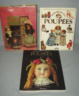 Ensemble de trois ouvrages sur les poupées...