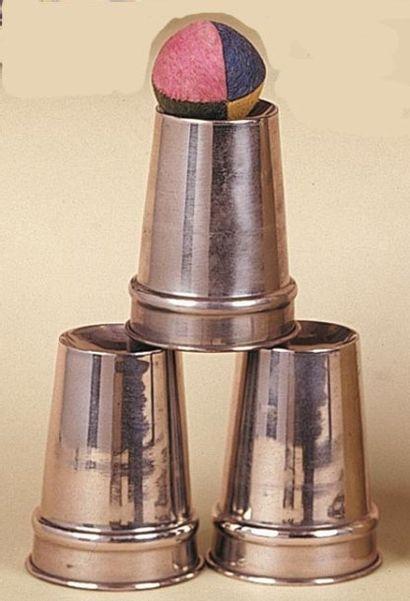 Les trois gobelets de kalanag. Ces gobelets...
