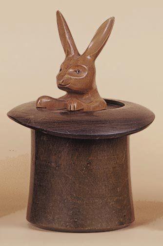 Pot à tabac chapeau et lapin. Boîte cylindrique...