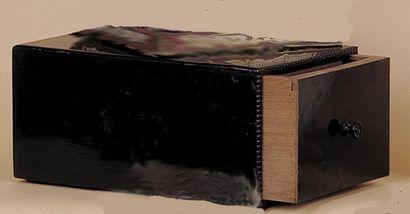 Boîte tiroir géante pour la production d'un...