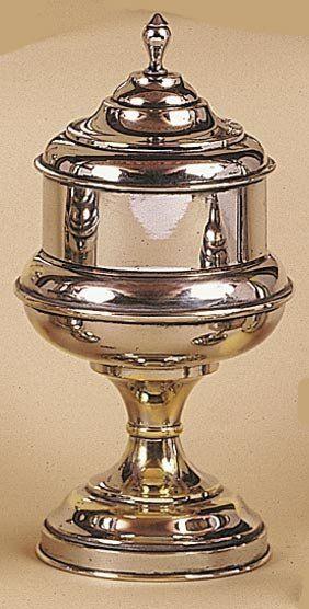 Vase à la tabatière (grand modèle). Ce vase...