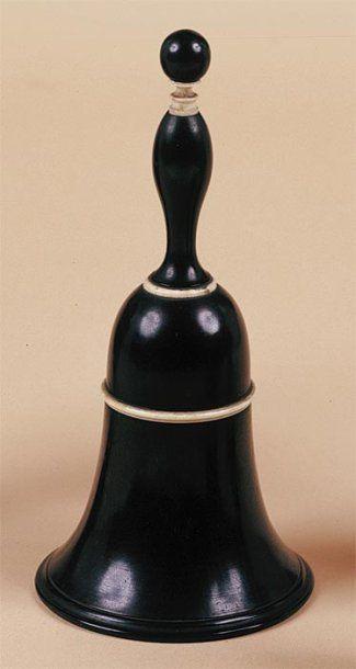 Cloche au millet Circa 1890. Cette cloche...