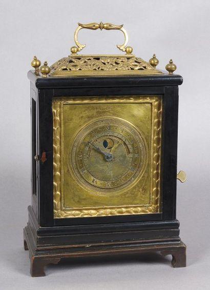 Mouvement d'horloge de table avec indications...