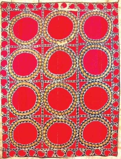 Ancienne Suzani Tashkent en soie, Uzbekistan, Asie Centrale Pskent silk Suzani,...