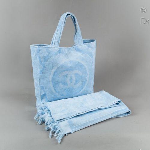 CHANEL *Beach bag 43cm cotton terry and cotton velvet blue sky, logo, double han…