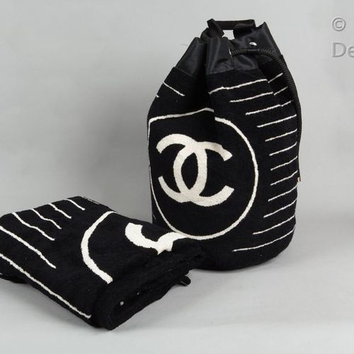 CHANEL Sport *Beach bag in terry cotton printed with the logo and black, white s…