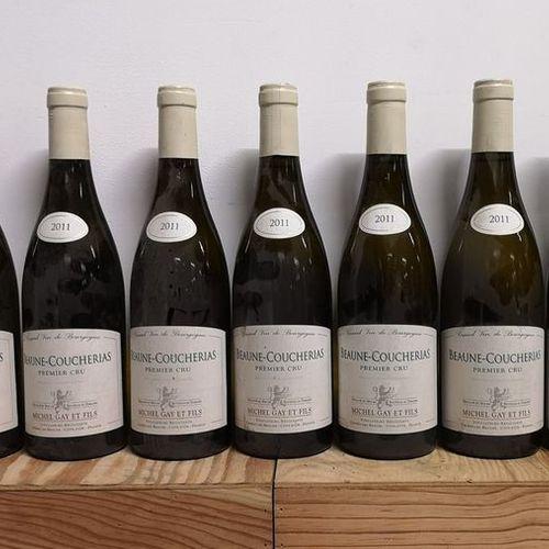 BEAUNE Blanc 1er cru «Coucherais» Michel GAY 2011 9 bouteilles Étiquettes légère…