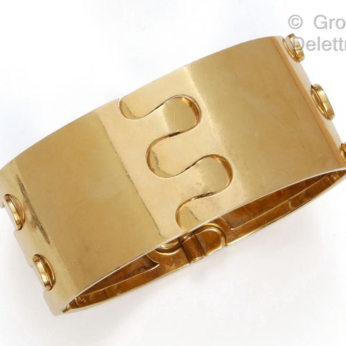 """GEORGES LENFANT Articulated bracelet """"cuff"""" in yellow gold with geometrical deco…"""