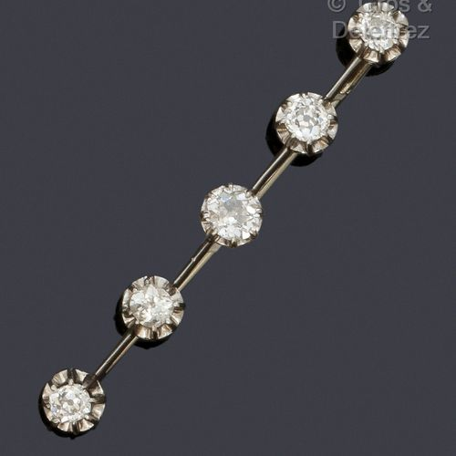 """Barette"""" brooch in white gold, set with five old cut diamonds.  Total weight of …"""