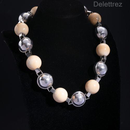 Jean DESPRES (1889 1980) Important set consisting of a necklace and a bracelet d…