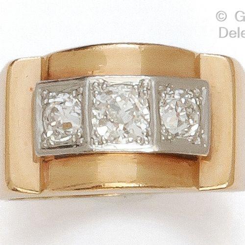 Yellow gold AND PLATINUM bridge ring, set with three old cut diamonds. Circa 194…