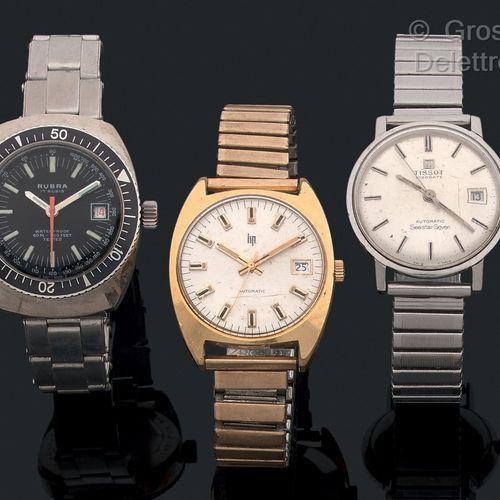 TISSOT LIP RUBRA Lot de 3 montres des années 60 dont une de plongeur.  La Tissot…