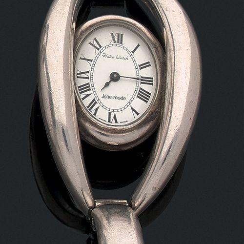 PHILIP WATCH Vers 1970  Modèle de dame en argent.. Cadran blanc, chiffres romain…