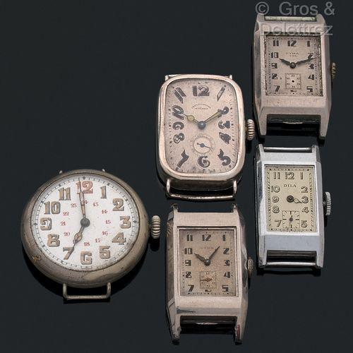 Lot comprenant 5 montres rectangles et une ronde des années 20 à 40:   2 montre…