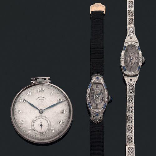 Lot comprenant 3 montres en métal Rhodié:   2 montres dame vers 1920   une mont…
