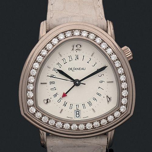 DELANEAU Vers 2000. Fonction GMT.  Modèle de dame joaillerie or blanc triangle. …