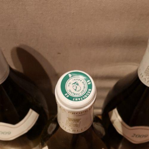 3 bottles  CHABLIS GAEC des ORMES 2009 Slightly stained labels.