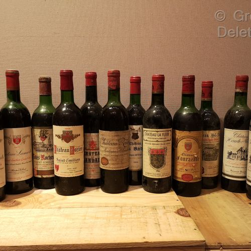 12 Bottles  SAINT EMILION and VARIOUS Vintages 1964 to 1990 FOR SALE AS IS Châte…