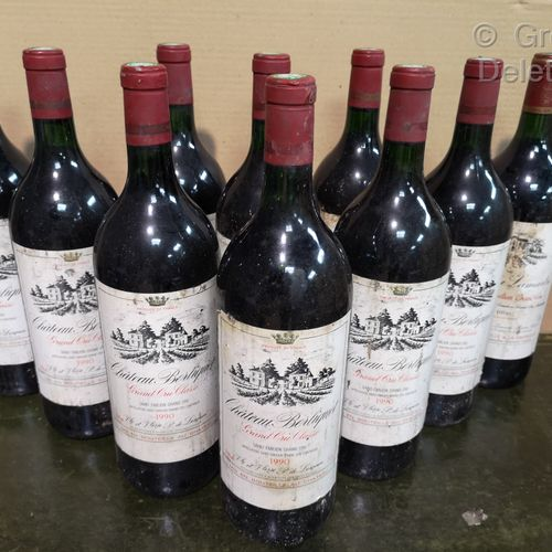 10 magnums  Château BERLIQUET Saint Emilon Grand cru 1990   Stained labels, 2 le…