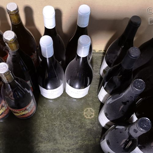 18 bottles  MISCELLANEOUS WINES FROM SANCERRE and CHABLIS FOR SALE AS IS 8 bottl…