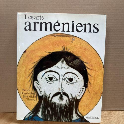 MAZENOD  Armenian Arts  1 volume