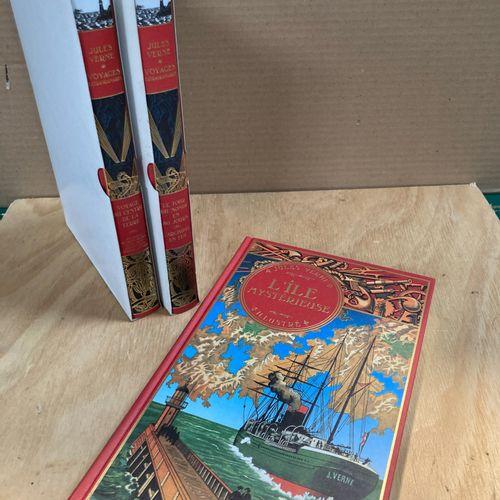 Jules VERNE  3 volumes, reprinted in Atlas 2006