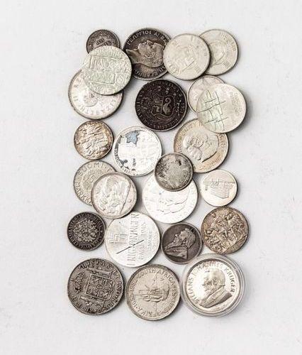 Konv. Von 24 div. Silbermünzen 19th century: Seven coins: 8 Reales 1804 Charles …
