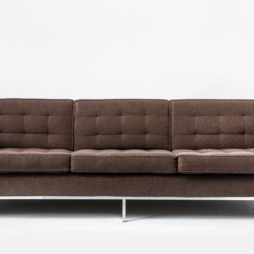 Florence KNOLL Three seater sofa. Red brown fabric cover. (signs of wear). Knoll…