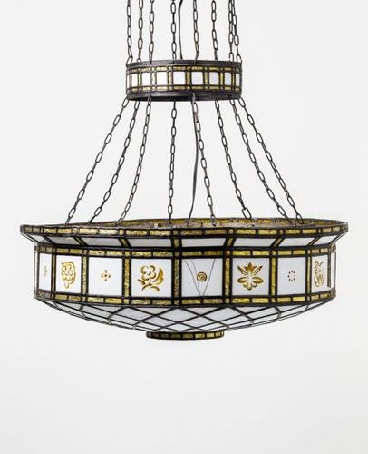 Belle Epoque Deckenlampe Round body made of iron and lead glazing, square and di…