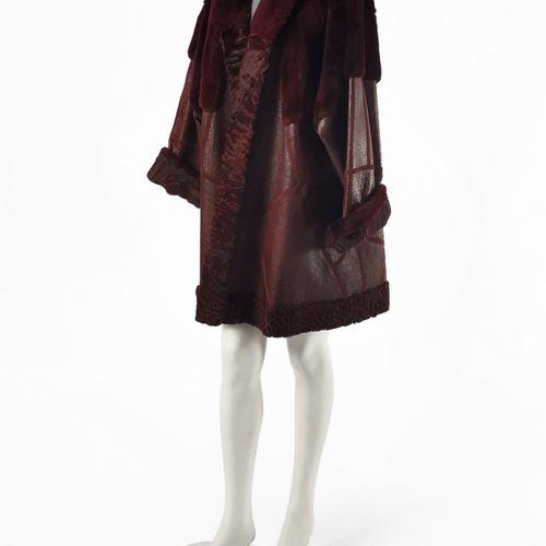 Tigre Royal Genève, manteau  Croco, astrakan et fourrure pourpre