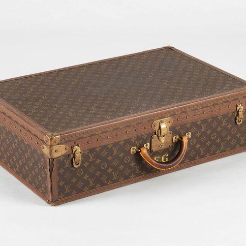 Louis Vuitton, Bisten, valise rigide  Toile enduite monogrammée et cuir, garnitu…