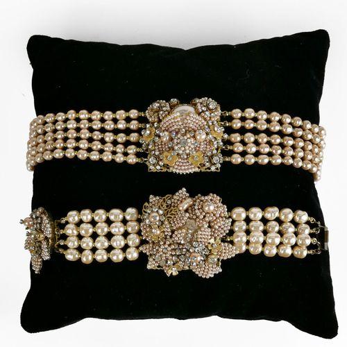 Stanley Hagler, lot d'un collier et d'un bracelet composés de perles fantaisie  …