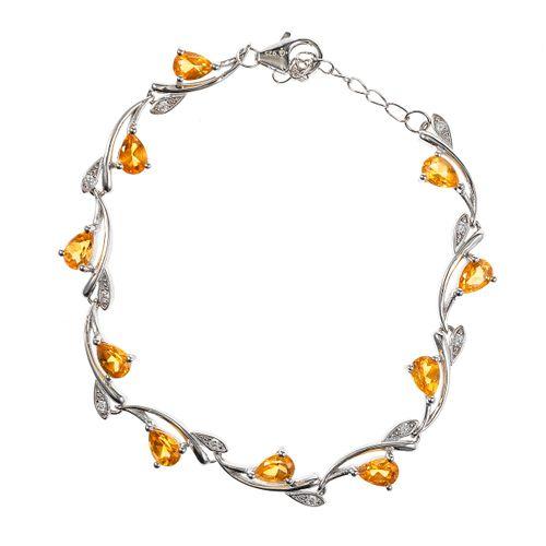 *Bracelet à motif feuillagé serti de citrines taille poire rehaussées de pierres…