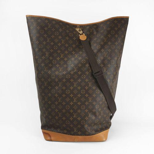 Louis Vuitton, sac de voile seau à bandoulière  Toile cirée monogrammée et cuir …