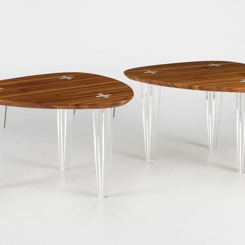 Paire de tables basses par Philippe Cramer (1970)  Commande spéciale, pièces uni…