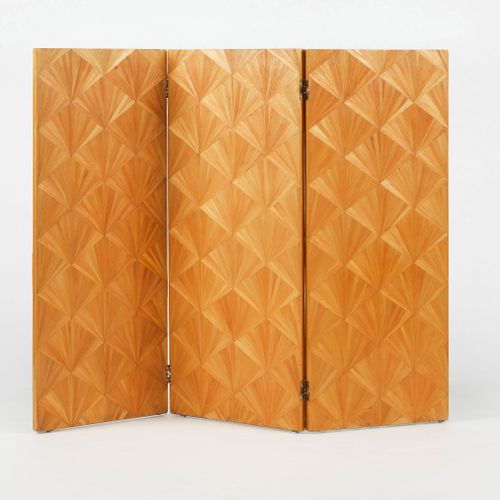 Paravent trois feuilles d'après Jean Michel Frank  Marqueterie de paille à motif…