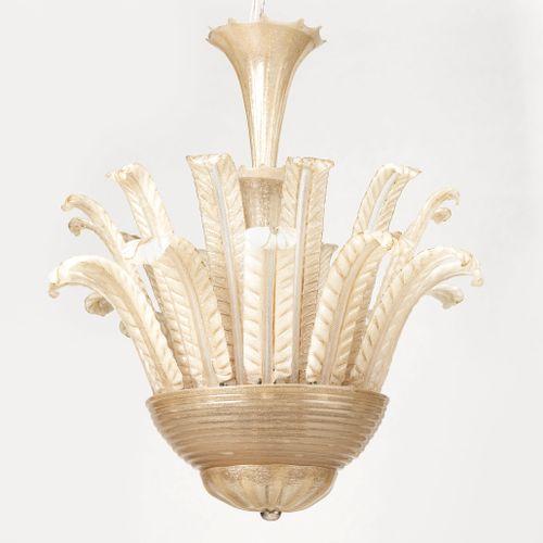 Lustre, Murano, milieu XXe s  Verre bullé crème à deux rangées de palmes, 85x76 …