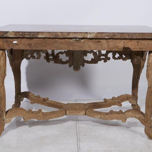 536 Console in molded and carved oak with masks and openwork scrolls on a backgr…