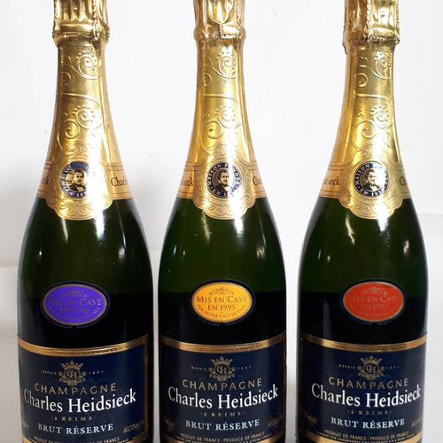 3 B CHARLES HEIDSECK BRUT, 3ans de lattes, mise 1996 95 93 (*) Champagne NM