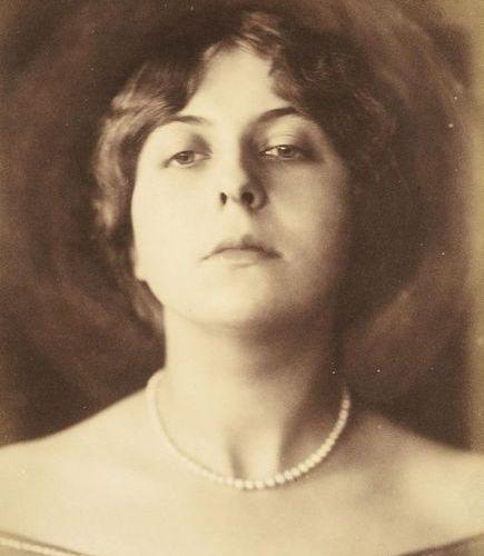František Drtikol, 1883 1961 Lady with pearl necklace, ca. 1920, vintage print V…