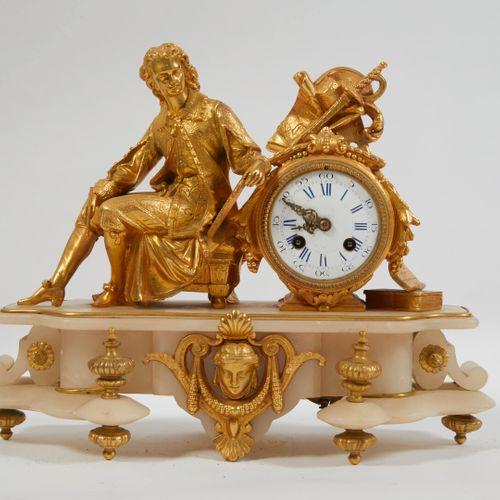 带有音乐家的石膏和鎏金铜钟。  19世纪晚期。  高度:31厘米 长度:39.5厘米