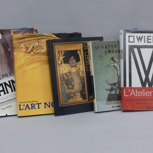 ART NOUVEAU ART DECO / Lot of 5 volumes :  The Twenties / Faveton  Art Nouveau /…